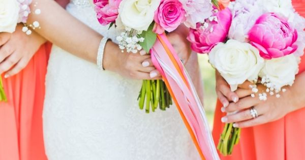 coral and pink bouquet | Kate Supa Photography | Glamour & Grace | Bold Bright Wedding Ideas ...