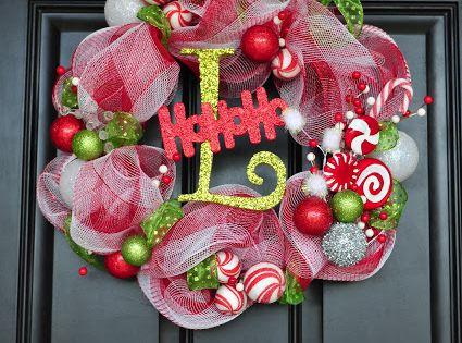 DIY mesh Christmas wreaths