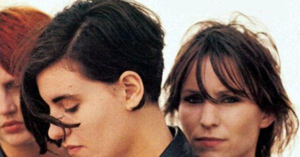 Justine Frischmann And Annie Holland Justine Frischmann Britpop Hair Inspiration