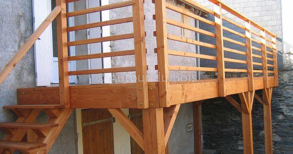 Terrasse bois suspendue sur pilotis et balcons bois for Bois construction exterieur