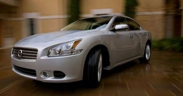 2010 Nissan Maxima First Look Review By Tflcar Nissan Maxima Nissan New Cars