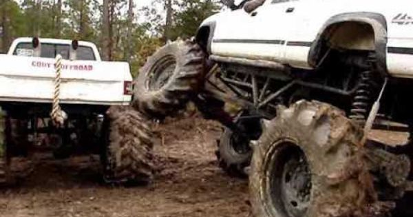 Big 4x4 Lifted Trucks In The Mudd Huge Custom Big Block Chevy