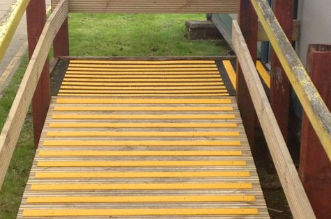 Anti Slip Decking Strip Non Slip Deck Strips Step Strips Wooden Ramp Deck Staining Deck