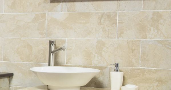 Espejo con gabinete color bano ideal para un ba o moderno for Espejos para banos modernos