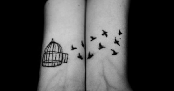 bird tattoo. sweet. tattoo's are an accessory right?