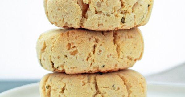Cheesy Herb Biscuits   glutenfree grainfree vegetarian