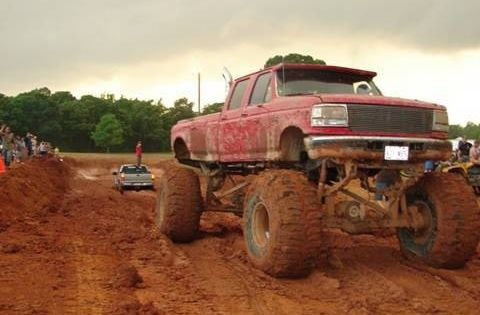 Chevy Silverado Guy >> Silverado 4x4 MUD BOG STUCK pulled out by HUGE FORD DIESEL MUD TRUCK this is the best a ford ...