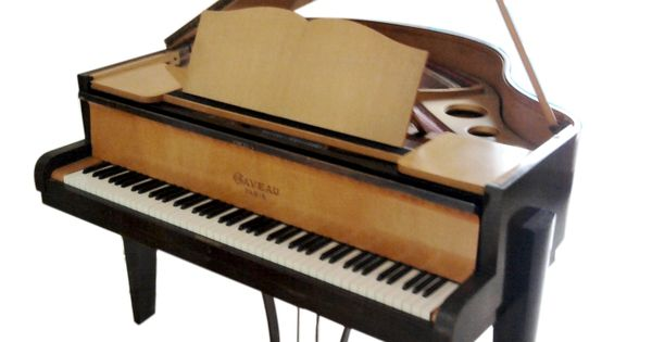 Jpg piano crapaud gaveau art deco quart de queue 1955 for Crapaud dans la maison