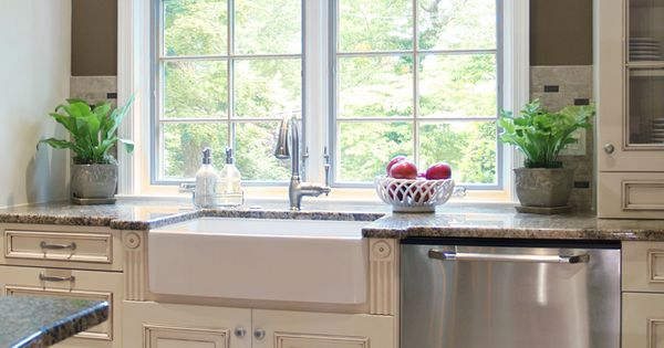 Farmhouse Sink Colors : Farmhouse sinks, Cabinet colors and The cabinet on Pinterest