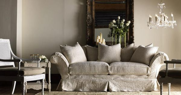 Love this couch - Shabby Chic -Coined in 1980 by Rachel Ashwell,