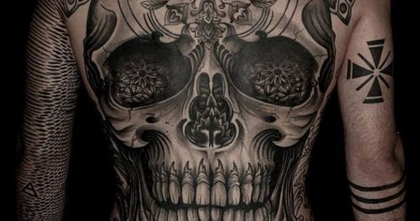 totenkopf r cken tattoo horror pinterest tattoos. Black Bedroom Furniture Sets. Home Design Ideas