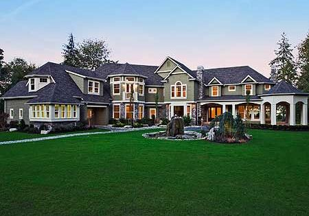 Luxury house plans craftsman and luxury houses on pinterest for Craftsman luxury homes