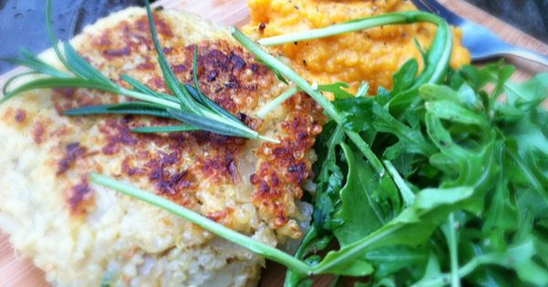 rosemary parmesan quinoa cakes - Dishing Up the Dirt | I made, I liked ...