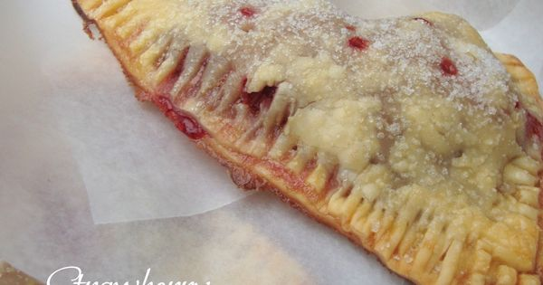 Strawberry Hand Pies @ChocolateChocolateandmore Recipe Food Dinner