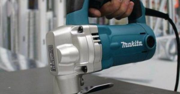 Makita 6 2 Amp Corded 10 Gauge Shear Js3201 The Home Depot In 2020 Custom Metal Fabrication Sheet Metal Fabrication Makita