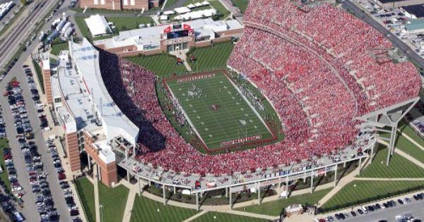 Papa John S Cardinal Stadium Broken Sidewalk Louisville Football University Of Louisville Louisville