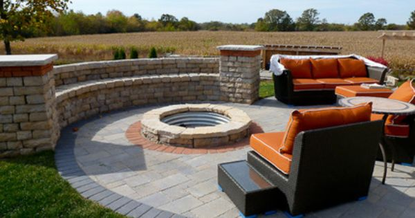 Rounded Patio Retaining Wall Patio Retaining Wall Patio Projects