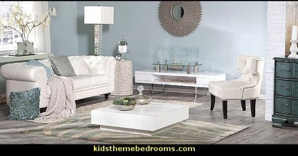 Old hollywood decor living room hollywood glamour for Old hollywood glam furniture