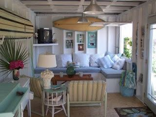 Some Serious Diy With Images Small Beach Houses Beach House