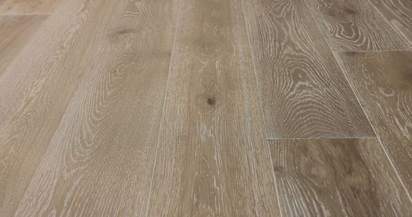 189 240mm Wire Brushed Grey Oak Wood Flooring White Wash Oak Multilayer Engineered Flooring Buy Wire Brushed Oak Flooring Multilayer Engineered Wood Flooring White Oak Hardwood Floors Grey Oak Wood Flooring Hardwood Floor