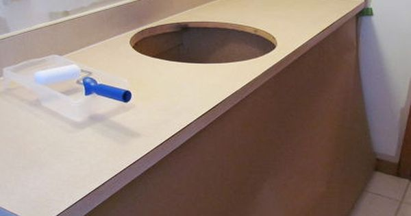 How To Paint A Formica Countertop Formica Countertops Painting Bathroom Countertops Painting Formica
