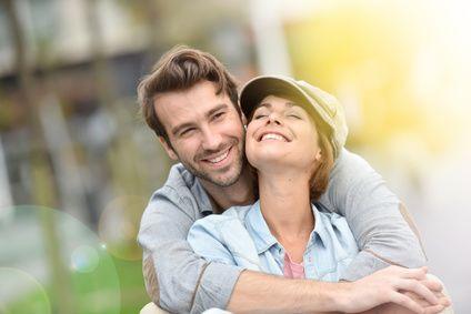 Wie Manner Sich Verlieben Wenn Sie Sich In Phasen Zuruckziehen