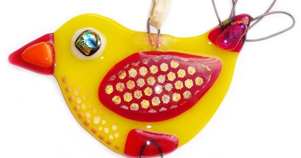 Handgemaakte glazen vogel van rood en geel glas exclusieve glasfusing decoratie raamhanger - Decoratie geel ...
