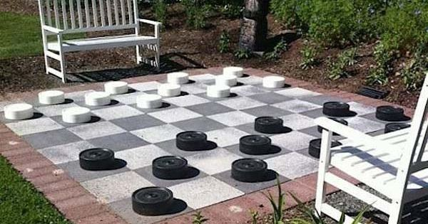 With a checkerboard like this, your kids can play boardgames and get