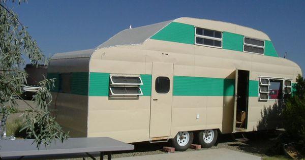 1953 lighthouse vintage travel trailer 28 ft double decker for Casa rodante clasica