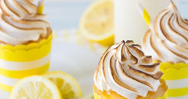 Lemon meringue pie cupcakes gf recipe lemon meringue for Lemon meringue pie with graham cracker crust