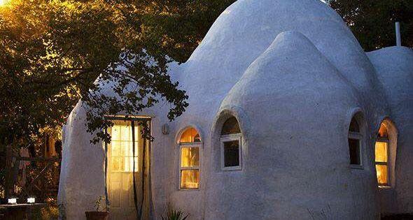 une kerterre c 39 est un habitat de petite taille en forme d 39 igloo fabriqu l 39 aide de chanvre et. Black Bedroom Furniture Sets. Home Design Ideas