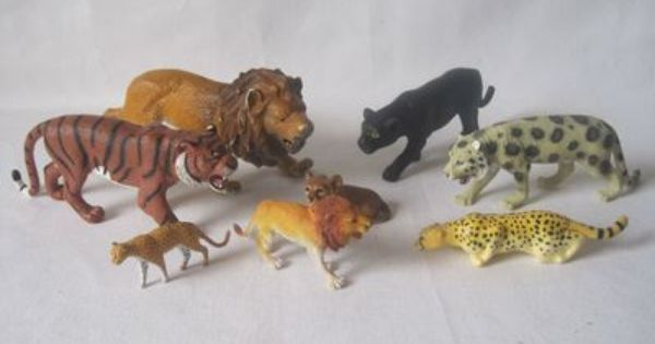 Toys From Africa : Lots of animals plastic toys cats from africa lion