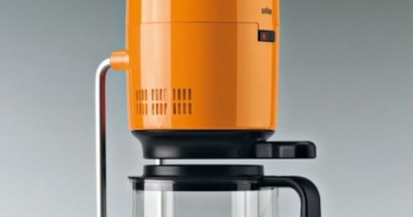 Without a doubt the best designed coffee maker ever made. Designed by Florian Seiffert for Braun ...