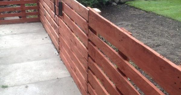 Easy Pallet Fence Patio Surround Pallet Ideas Outdoor