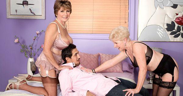 4301-British slut samantha jayne gets fucked in hold ups