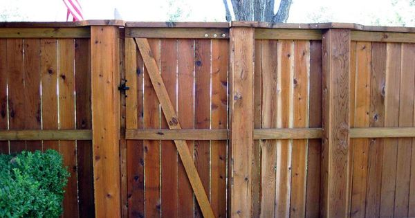 Wood fence with metal steel posts steel post covers fencing pinterest fencing posts and - Maak pool container ...