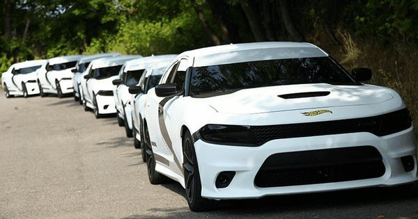 Dodge Joins The Star Wars Promotional Blitz With Stormtrooper Chargers Star Wars Vehicles Dodge Charger Modern Muscle Cars