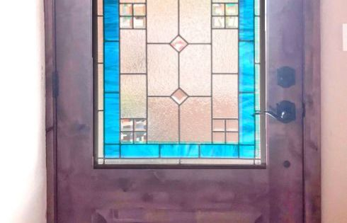 Delightful Sparkling Beveled Glass Brings Light And Life To An Otherwise Ordinary Entryway Background Granit Etched Glass Windows Stained Glass Glass Center