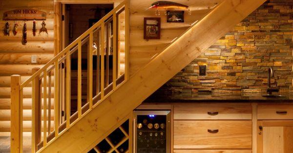 Bodega y cava debajo de escalera casa pinterest cava for Cava bajo escalera