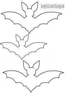 Fledermaus Basteln Mit Vorlage Basteln Mit Kindern Halloween Decorations Halloween Kids Halloween Crafts