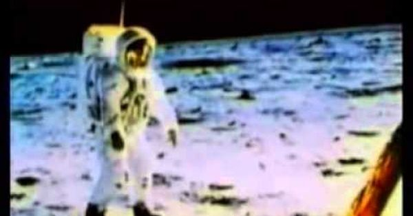 Only A Paper Moon The Apollo Moon Landings Hoax Exposed