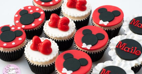 Minnie N Mickey Mouse Cupcakes Hey There Cupcake