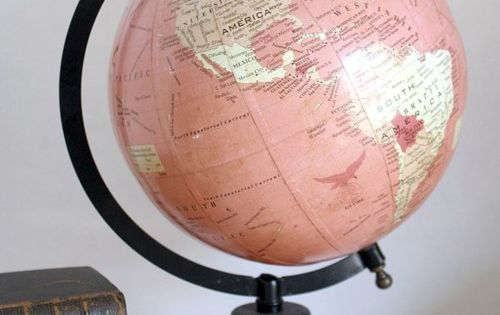 Pink and gold globe great for a little girls room