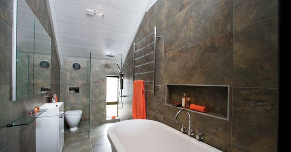 Bathroom inspiration retreat style bathroom in beaumaris for Bathroom designs reece