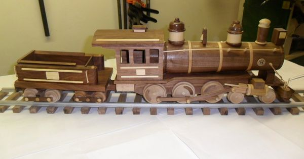 Wooden Toy Train Patterns : Train by larryn lumberjocks woodworking
