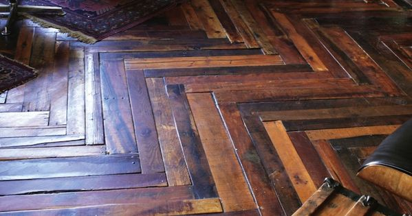 Recycled Pallet Flooring Ideas