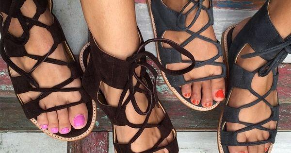 Lace up sandals - photo