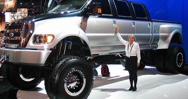 Ford F950 Super Truck Xuv