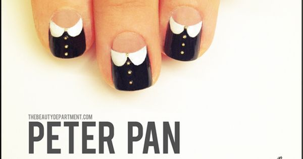 #nailart plays dress up with peter pan collar nails