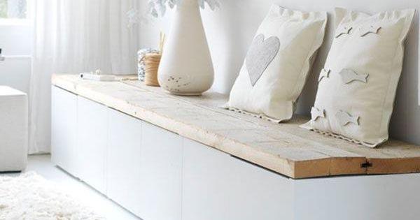 sitzbank im flur mit wei en kissen home sweet home pinterest sitzbank flure und kissen. Black Bedroom Furniture Sets. Home Design Ideas